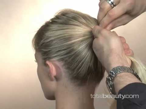 Copy Reese Witherspoon's Updo Hairstyle. Nov 12, 2008 10:48 AM