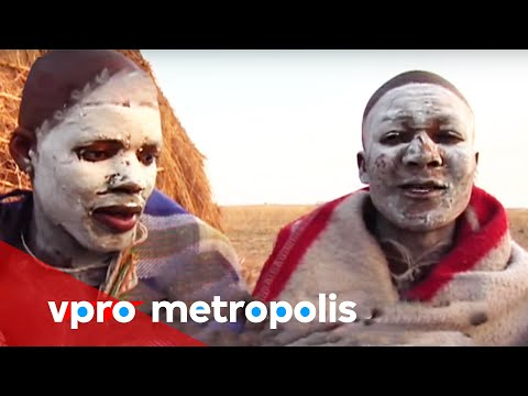 Xhosa men don't look back in South Africa - vpro Metropolis
