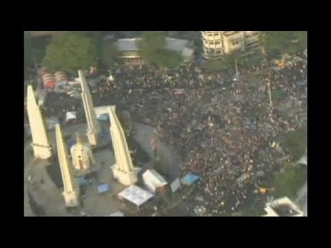 Protesters occupy government ministries in Thailand