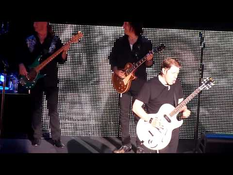 George Thorogood - Bad To The Bone (Live In Montreal)
