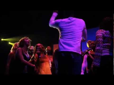 Gorillaz - Don't Get Lost In Heaven & Demon Days (Demon Days Live)