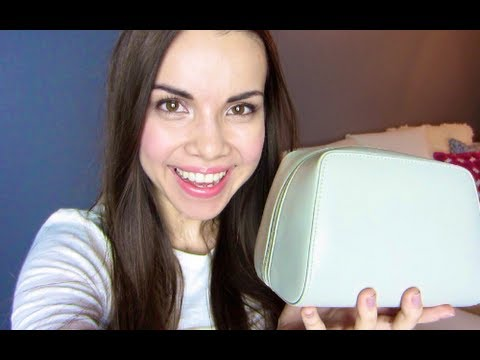 What's In My Travel Makeup Bag? ♥ Makeup MAYhem Day 14