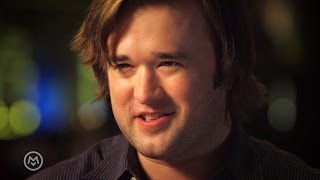 Haley Joel Osment Thinks Talking About Acting is Weird - Speakeasy