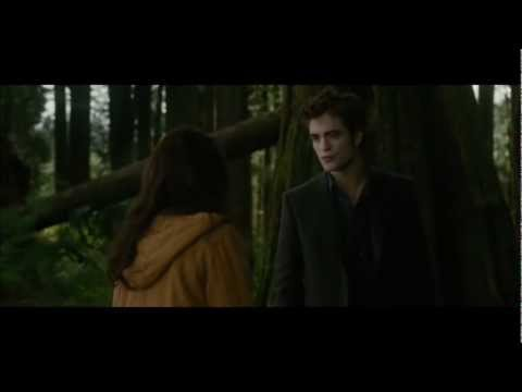 New Moon Edward leaves Bella