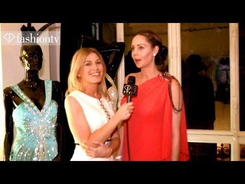 Nina Naustdal Photo Shoot - Paris Fashion Week Spring 2012 With Hofit Golan | Fashiontv - Ftv video