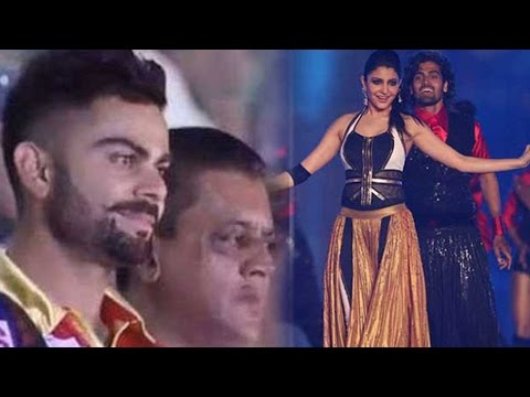 Must Watch: Virat Kohli Blushes While Anushka Sharma's Performance At IPL 8