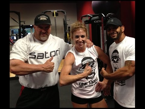Shoulders w NPC Figure Competitor Jackie Levy at Dallas Beast Fitness!