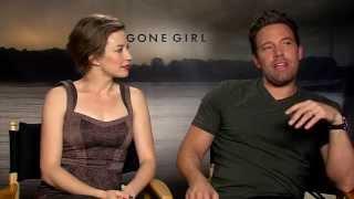 GONE GIRL interview with Ben Affleck & Carrie Coon - Leftovers, Batman, Leeroy Jenkins