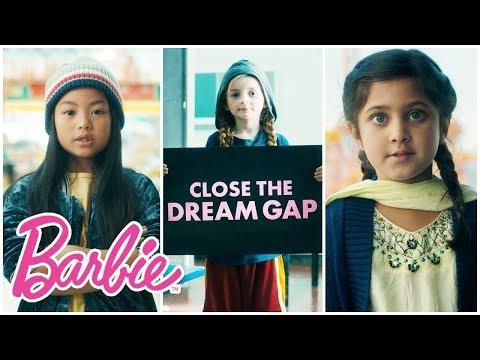 Barbie planta cara a la desigualdad de género con 'Dream Gap'