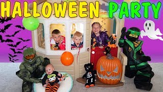 Costume Party & Spooky Haunted House Halloween Skit