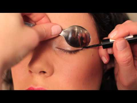 How to use a Spoon to Curl Eyelashes. Apply Liquid Eyeliner & Mascara!!