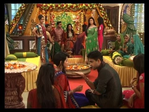 Aur Pyaar Ho Gaya: Mehendi Ceremony video
