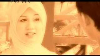 Watch Devotees Mahar Cinta video