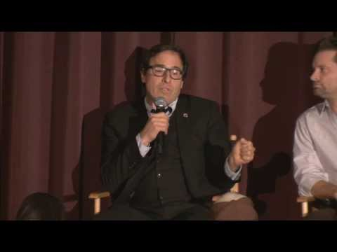 Q&A With American Hustle Director, David O. Russell, And Cast