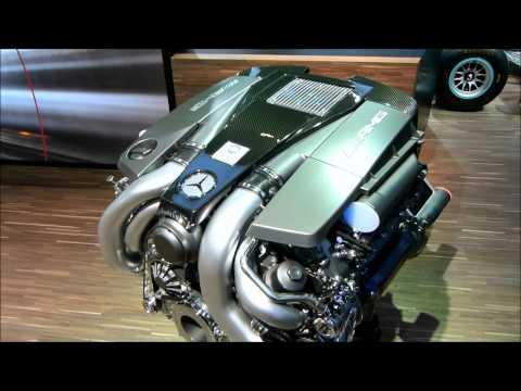 Mercedes-Benz E63 AMG 5.5 V8 biturbo engine -- 720p --