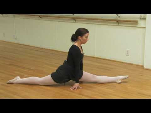 Ballet Lessons : How to Stretch for Leg Splits Video