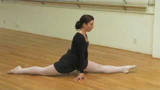Ballet Lessons : How to Stretch for Leg Splits