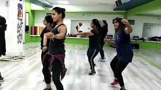 Golmal again:- title track:- Ajay devgan-pariniti chopra bollyfitness Bollywood zumba