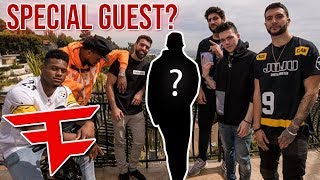 VERY SPECIAL GUEST AT THE FAZE HOUSE...
