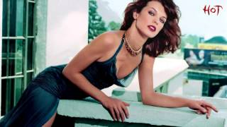 Milla Jovovich hot actress and sexy model!!