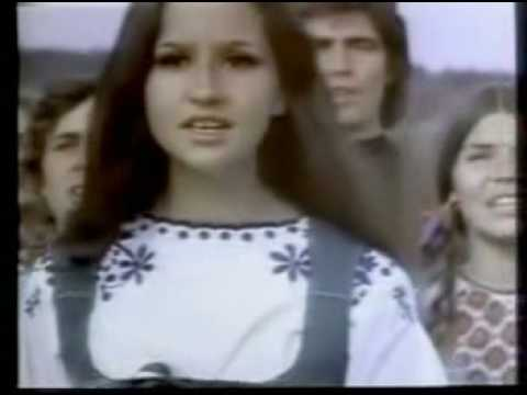 Coca Cola Commercial - I'd Like To Teach The World To Sing (in Perfect Harmony) - 1971 video