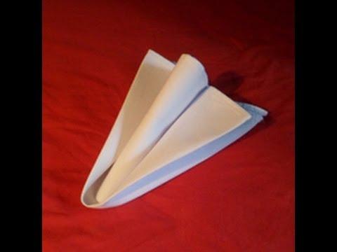 Hur man viker en pil av en servett