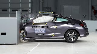 2016 Honda Civic 2-door small overlap IIHS crash test