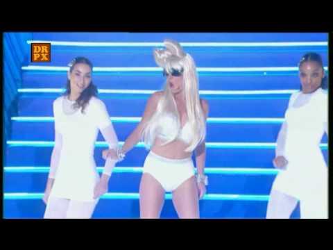 Eve Angeli - interprête une chanson de Lady Gaga