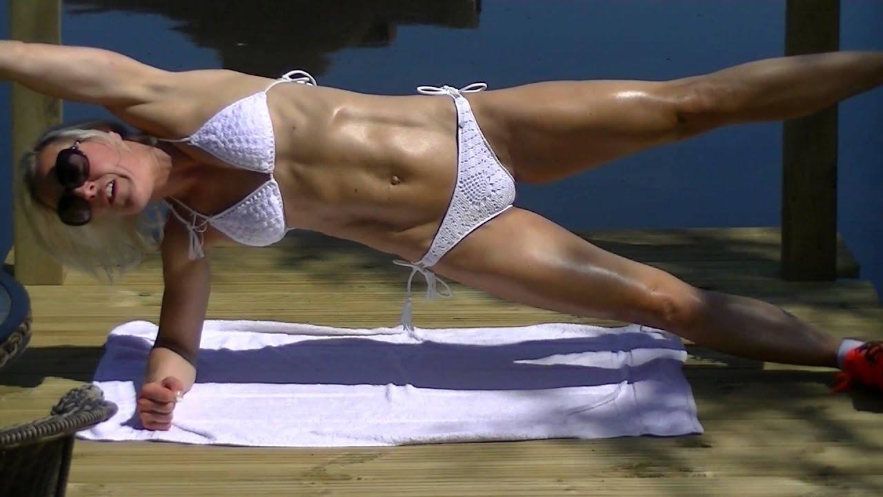 sexy abs and bikini chicks porn