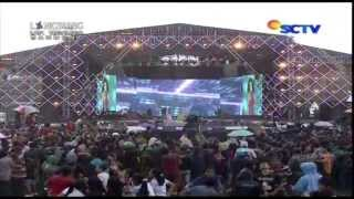 Duo Anggrek Sir Gobang Gosir Live At Karnaval 16 02 2014 Courtesy Sctv
