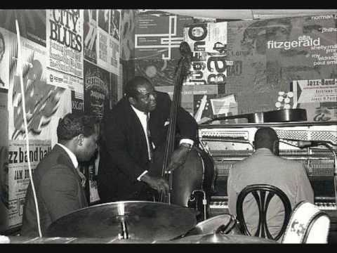 Howlin' Wolf- May I Have A Talk With You