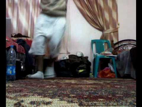Crip Walk Xxx Hot Dance Xxx Very Nice video