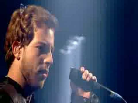 James Morrison - Please Don't Stop The Rain (Live on T4)