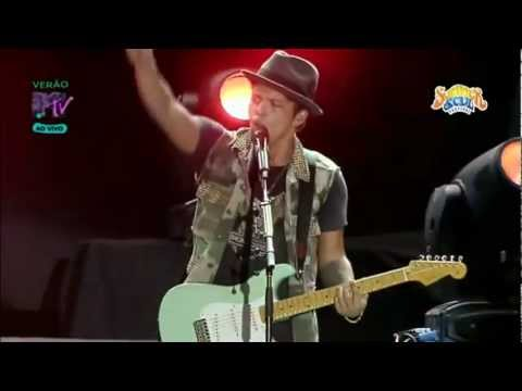 Bruno Mars - Liquor Store Blues (Summer Soul Festival 2012)
