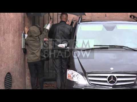 EXCLUSIVE - Jay Z and Beyonce house hunting in Paris