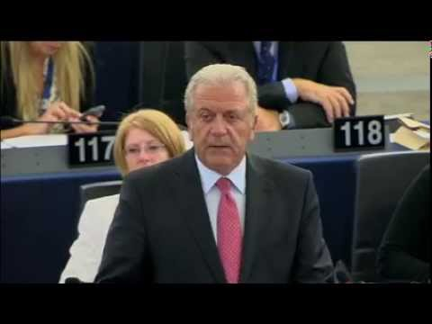 Ambitious and much needed package to tackle refugee crisis - Dimitris Avramopoulos in the EP
