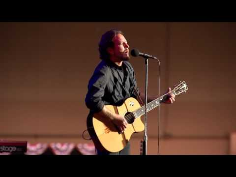 Eddie Vedder -  Rockin in the Free World