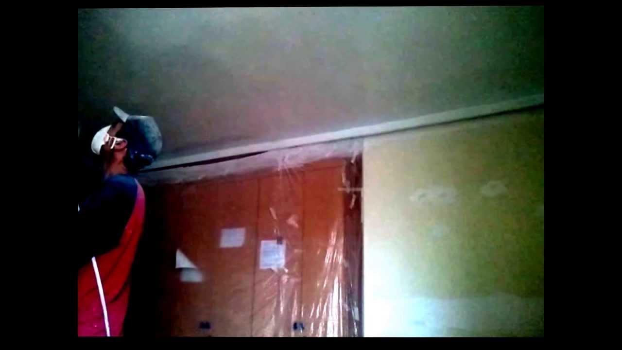 Pintar techos con pistola airless y paredes en plastico - Como pintar techos ...