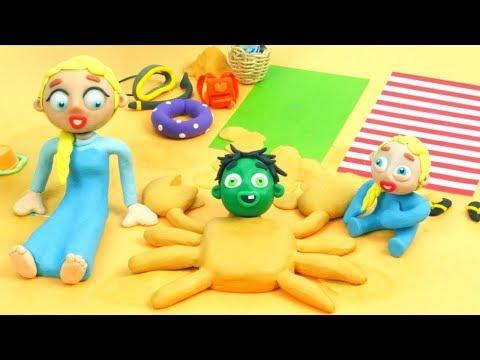 SUPERHERO BABIES PLAY WITH SAND ❤ Superhero Babies Play Doh Cartoons For Kids