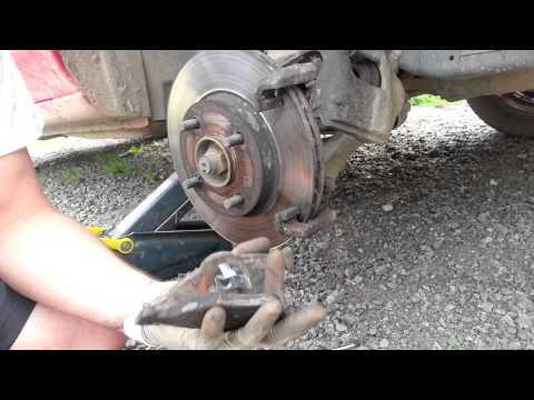 Brake pads replacement DIY