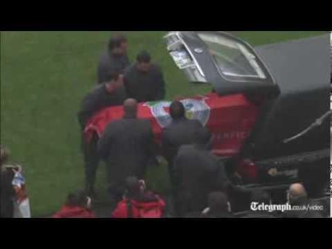 Benfica fans bid farewell to Eusebio