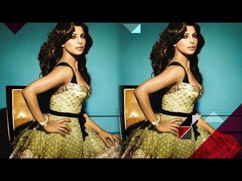 Priyanka Chopra's second production venture delayed | Bollywood News