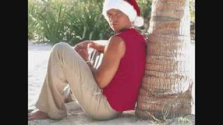 Watch Kenny Chesney Jingle Bells video