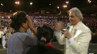 Healing of a blind woman - Benny Hinn Philippines