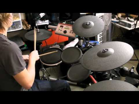 Electronic Drum Kit :: Yamaha DTXpress IV 4 Review