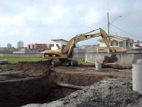 Escavadeira Caterpillar 320c