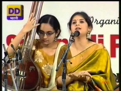 Kaushiki Chakrabarty 01 tillana kalyani dr m balamuralikrishna...