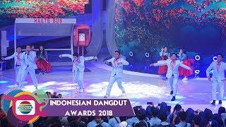 Download Lagu KEREEN! Aksi Generasi Muda Dangdut Indonesia D'GANTENGZ & D'IMOETZ Gratis STAFABAND