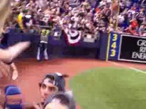 Touching Torii Hunter Video