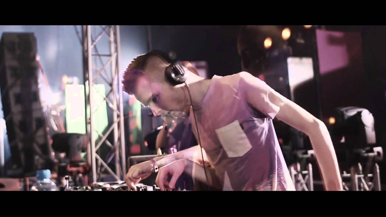 Phuture Noize & Hardstyle Professor / Ferren - Domination / Overdrive